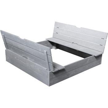 Cajón de arena ´con bancos integrados